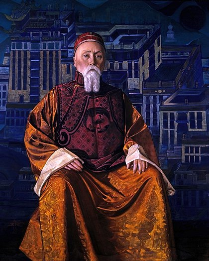 nicholas-roerich-self-portrait-in-tibetan-robe